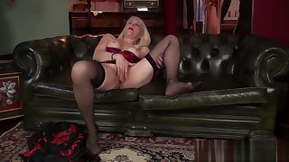 Big Ass Mommy Margaret Holt Ride cock Hard Tender Dissimulation question major