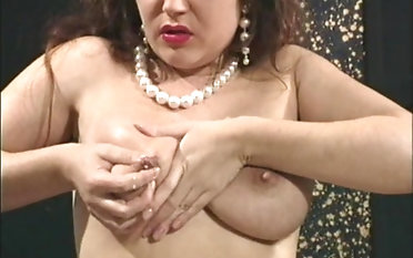 Mature pregnant doll in stockings fingering her pussy