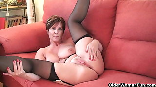 British milf Joy exposing her big tits and hot fabricated