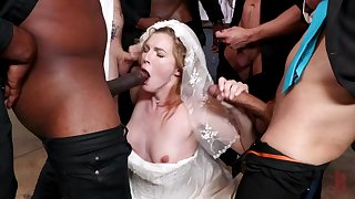 A wedding swain turns tohardcore gangbang for hot bride Ella Nova