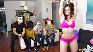 Nekane is back and she's bringing some companions - nekane