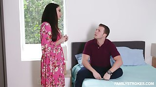Stepson fucks smoking hot full force step ma with big gut Sheena Ryder