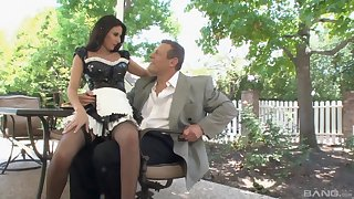 Astounding maid Nikki Daniels can't wait to tickle her boss outside