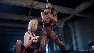 BDSM promised torture with spanking with Reddish Ripped and Ana Foxxx