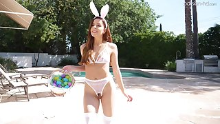 Erotic shacking up with unusual make obsolete Vanna Bardot wide a bunny costume
