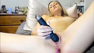 BLONDE FRENCH TEEN TRY ANAL PENETRATION ALONE