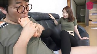 Korean foot femdom mistress's feet delight in