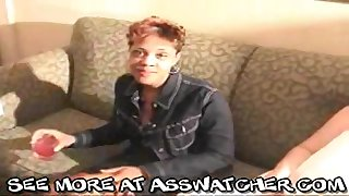 Ebony mature hooker Lisa received cumshot for everyone over her face