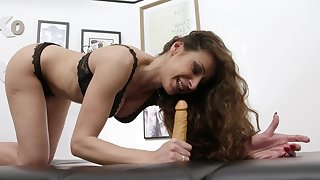 Glum deepthroat tutorial from qualified MILF Martina Gold