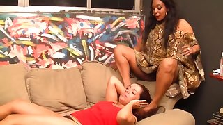lesbian brasilian point of departure gagging