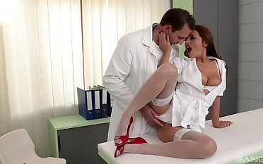 Doctor fucking increased by creaming Dominica Phoenix's pussy after the action